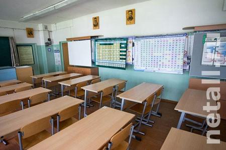 На карантин из-за гриппа закрыли 30 школьных классов и 27 групп в детсадах