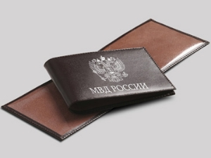 Лже-милиционер обокрал пенсионерку на 70 тысяч рублей
