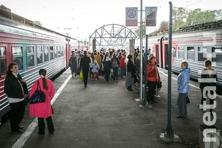 Турникеты на станциях Крюково и Сходня установят в 2017 году