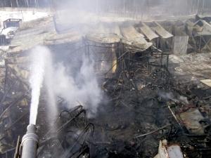 В Зеленограде сгорел ангар с семью «Газелями»