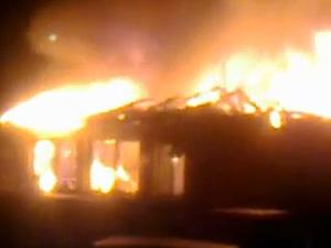 В Андреевке сгорел бывший игровой клуб