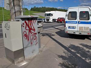 Автомобилистов предупредили о перебоях в работе светофора у «Штыков»