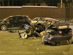 На Панфиловском проспекте столкнулись четыре машины