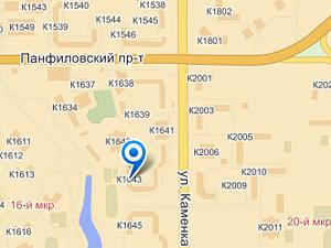 Женщина на «Мазде» сбила во дворе пенсионерку