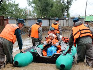 Управы начали собирать вещи для пострадавших от наводнения