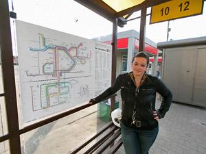 На остановках появились новые схемы автобусных маршрутов