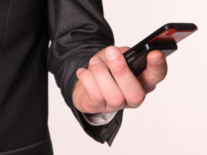 Власти принимают жалобы на качество сотовой связи