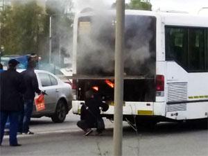 У «Штыков» на Ленинградке загорелся пассажирский автобус