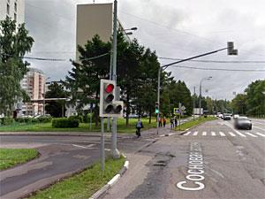 На перекрестке Сосновой и Озерной аллей запретят выезд налево из 6-го микрорайона
