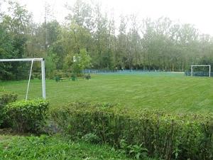 У Черного озера появилось футбольное поле