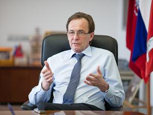 Анатолий Смирнов: «Мечтаю пожить в городе, в котором ничего не строится»