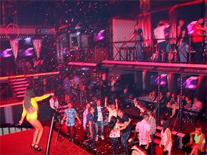 Ночной клуб Shine приостановил работу до осени