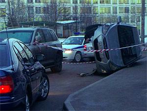 Машина с нетрезвым водителем перевернулась во время полицейской погони