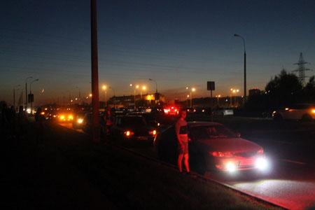 Полиция не нашла свидетельств проведения уличных гонок в момент аварии на Середниковской улице