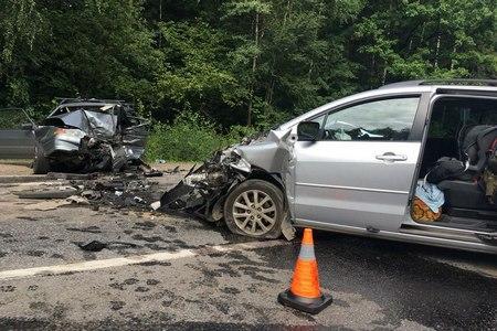 Пятницкое шоссе встало из-за крупной аварии