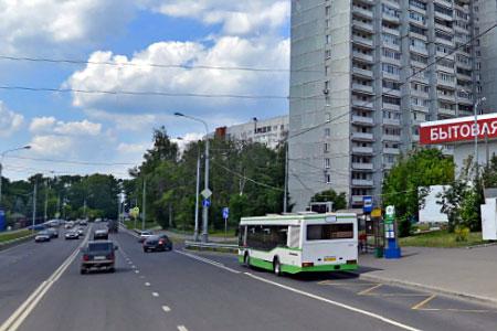 Пенсионерка пострадала при падении в автобусе на улице Гоголя