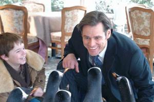 Кинопремьеры июля: «Пингвины мистера Поппера», «Гарри Поттер и Дары смерти: Часть 2», «Лари Краун», «Кошмар за стеной» и «Первый Мститель»