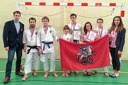 Зеленоградцы завоевали восемь медалей на Кубке России по каратэ
