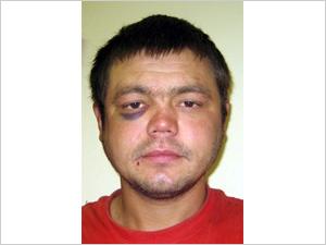 Пьяный бездомный пытался угнать джип
