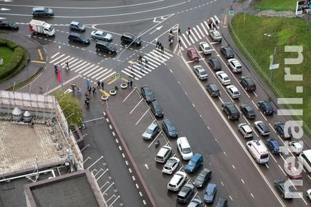 Префектура намерена добиться строительства нового надземного перехода через Савелкинский проезд