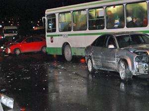 Авария на мосту у МИЭТа парализовала Центральный проспект