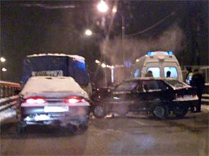 Пьяный водитель попал в реанимацию после ДТП на «старом мосту»