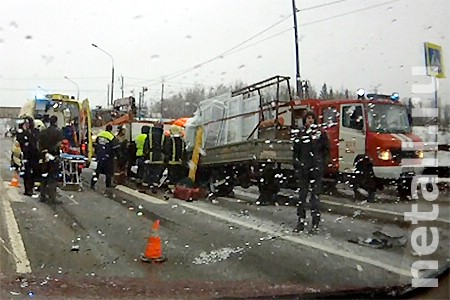 Бригада установщиков окон пострадала в серьезном ДТП на Ленинградском шоссе