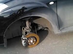 В 15-м микрорайоне задержали машину с крадеными колесами