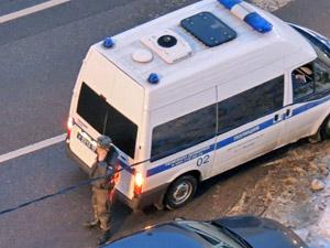В машине на улице Гоголя «застукали» накурившихся спайсом двух человек