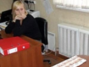 Чиновница вымогала 3 млн рублей у хозяина коттеджа в Андреевке