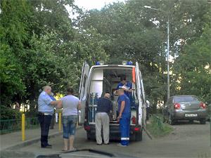 В 8-м микрорайоне автомобиль сбил ребенка на самокате