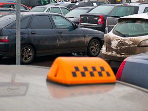Таксист открыл стрельбу по клиентам на Яблоневой аллее
