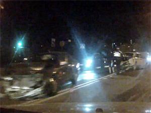 Пьяный водитель без прав разбился в 16-м микрорайоне