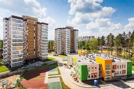 Пронесшему флаг России на Паралимпиаде белорусу подарили квартиру в Голубом