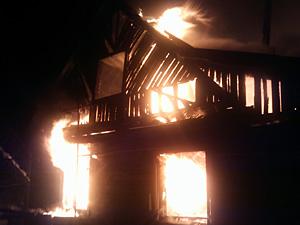 В Малино сгорел второй за неделю дом